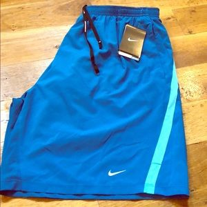 NEW NWT NIKE Men's Running Shorts Size XXL Liner